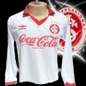 Camisa retrô Internacional  Umbro branca  ML 1988 .