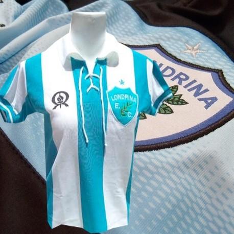 36d479aaa Camisa Baby look retro Londrina