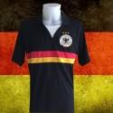 Camisa retrô Alemanha preta gola V