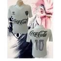 Camisa retrô Atlético   mineiro branca década de 80.
